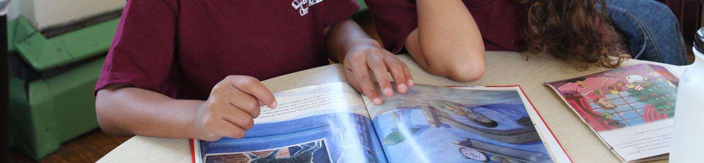 Kindergarten students reading
