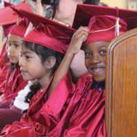 2017 kindergarten graduation student